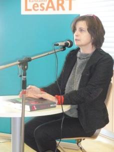 """Die Autorin von """"Das Tal"""": Krystyna Kuhn liest in der Mensa des Johann-Schöner-Gymnasiums"""