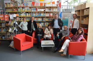 Die Kommission mit JSG-Schul- und Bibliotheksleitung
