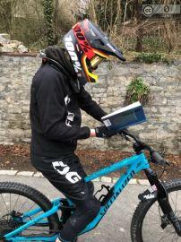 Lesen beim Biken