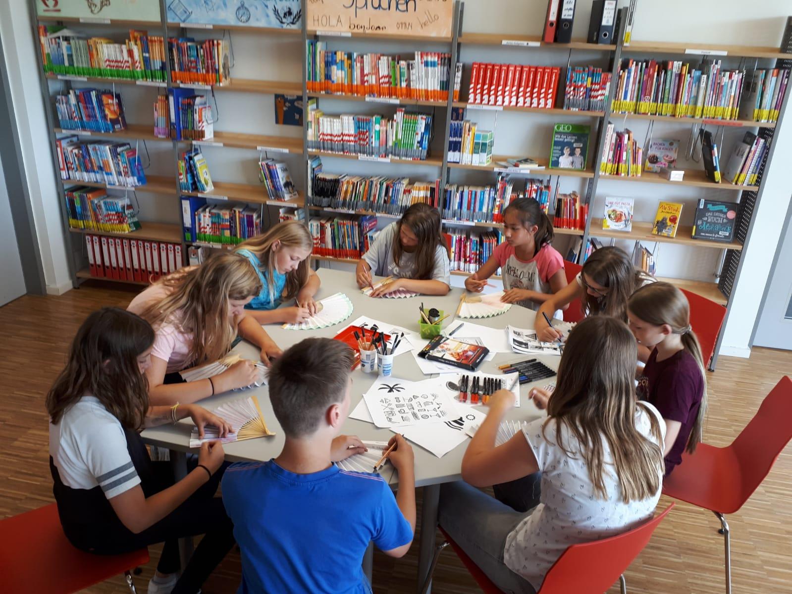 Erfolgsmodell OGS + Schulbibliothek